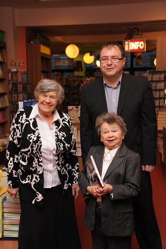 Autorka, autora a kmotra v Paláci knih