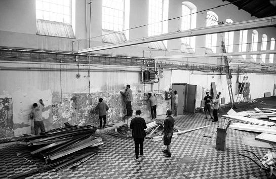 Takhle se na Jatkách78 rodil kulturní prostor (foto archiv Cirku La Putyka)