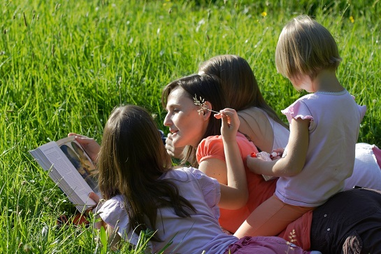 Celé Česko čte dětem - Týden čtení dětem 2 _ foto Martin Podžorný