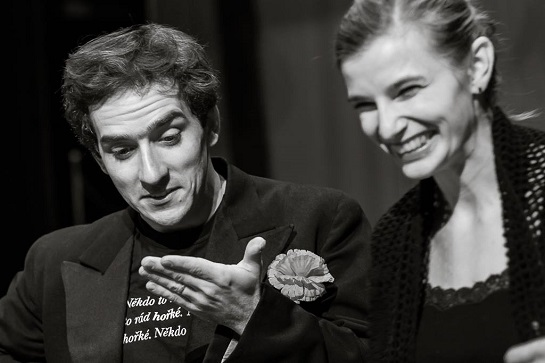 Matouš Rum a Nina Horáková při zkoušce Chaplina (foto ze zkoušek Petr Veselý)