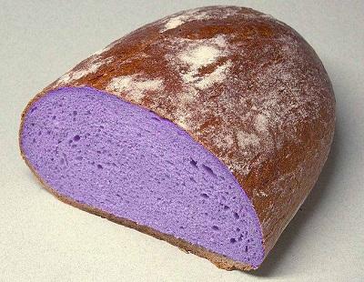 fialový chléb