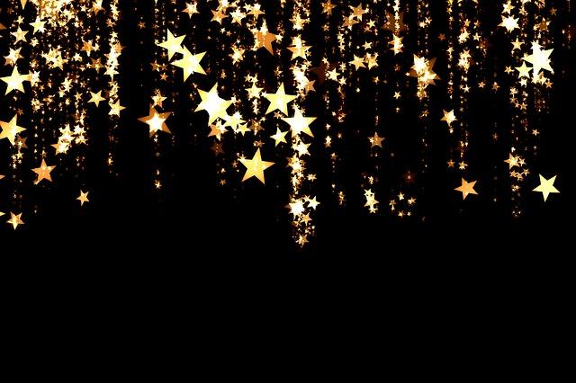 vánoční hvězdy, pixabay.com Ať se vám všem daří, jste šťastní nejen o Vánocích :)